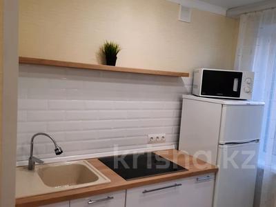 1-комнатная квартира, 32 м², 1/5 этаж посуточно, Шешембекова 13б за 7 000 〒 в Экибастузе — фото 3