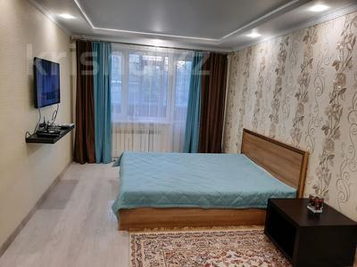 1-комнатная квартира, 32 м², 1/5 этаж посуточно, Шешембекова 13б за 7 000 〒 в Экибастузе — фото 7