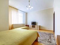 1-комнатная квартира, 55 м², 4/20 этаж посуточно, мкр Самал-1, Достык 160 — Ньютона за 18 000 〒 в Алматы, Медеуский р-н