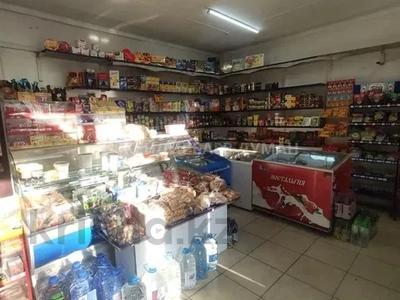 Магазин площадью 140 м², Папанина за 200 000 〒 в Алматы, Жетысуский р-н