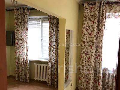 3-комнатная квартира, 57 м², 3/4 этаж, Бухар Жырау (Ботанический) за 22.3 млн 〒 в Алматы, Бостандыкский р-н