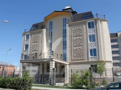 5-комнатная квартира, 200 м², 2/4 этаж, Мкр Комсомольский-2 40 за 69 млн 〒 в Нур-Султане (Астана), Есиль р-н
