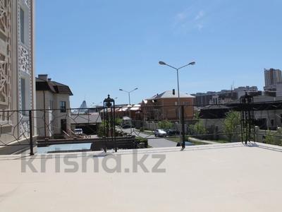 5-комнатная квартира, 200 м², 2/4 этаж, Мкр Комсомольский-2 40 за 69 млн 〒 в Нур-Султане (Астана), Есиль р-н — фото 3