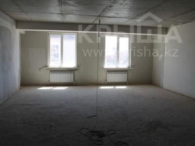 5-комнатная квартира, 200 м², 2/4 этаж, Мкр Комсомольский-2 40 за 69 млн 〒 в Нур-Султане (Астана), Есиль р-н — фото 6