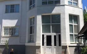 7-комнатный дом, 253 м², 7 сот., Смагулова за 235 млн 〒 в Атырау