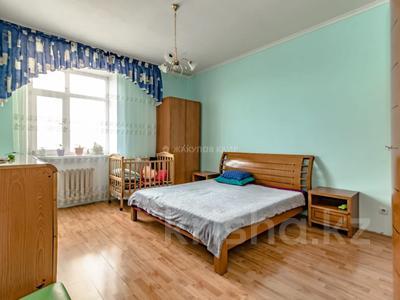 3-комнатная квартира, 123 м², 7/11 этаж, Ташенова 12 за 33.5 млн 〒 в Нур-Султане (Астана), р-н Байконур — фото 11