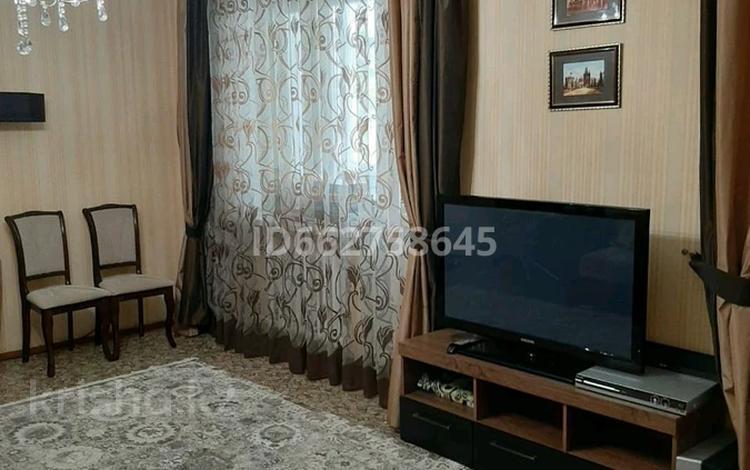 2-комнатная квартира, 63 м², 1/5 этаж, К. Рыскулбекова 8а за 18.8 млн 〒 в Нур-Султане (Астана), Алматы р-н