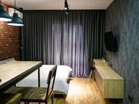 1-комнатная квартира, 38 м² посуточно, Гагарина проспект 124 — Абая за 11 900 〒 в Алматы, Бостандыкский р-н
