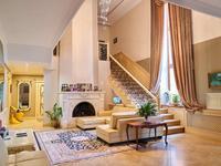 12-комнатный дом помесячно, 1200 м², 27 сот.