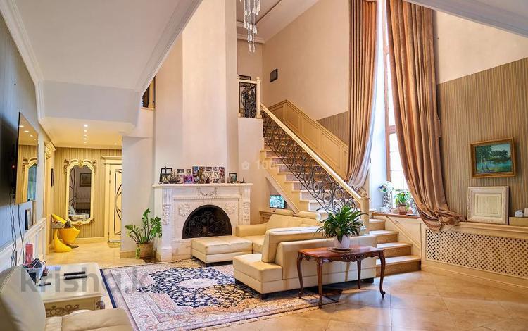 12-комнатный дом помесячно, 1200 м², 27 сот., А25 10 за 4.5 млн 〒 в Нур-Султане (Астана), Алматы р-н