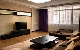 3-комнатная квартира, 100 м², 7/25 этаж помесячно, Кошкарбаева 8 за 220 000 〒 в Нур-Султане (Астана), Есиль р-н