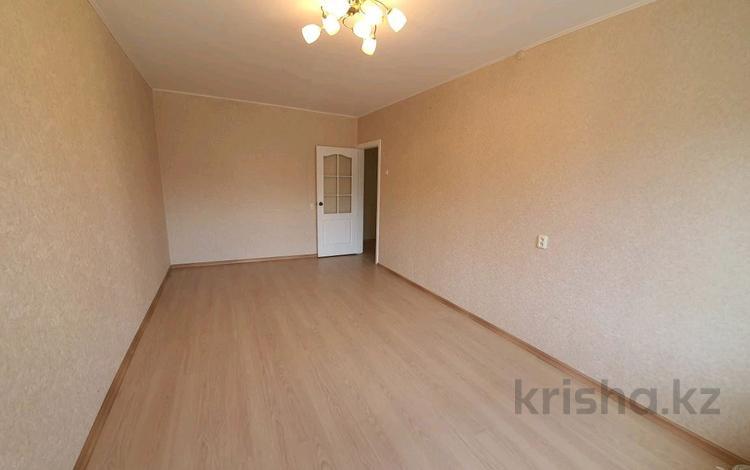 3-комнатная квартира, 64 м², 2/3 этаж, 20-й микрорайон 9 за 17.5 млн 〒 в Петропавловске