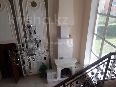8-комнатный дом помесячно, 500 м², 15 сот., Туран за 1.9 млн 〒 в Нур-Султане (Астана), Есиль р-н