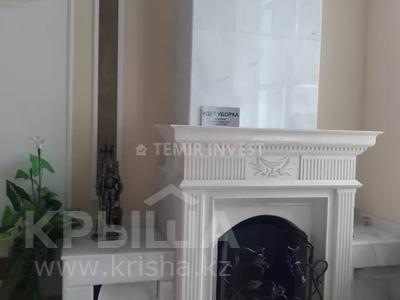 8-комнатный дом помесячно, 500 м², 15 сот., Туран за 1.9 млн 〒 в Нур-Султане (Астана), Есиль р-н — фото 11
