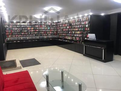 Магазин площадью 114.5 м², Интернациональная 62 — Коммунистическая за 35 млн 〒 в Щучинске — фото 3
