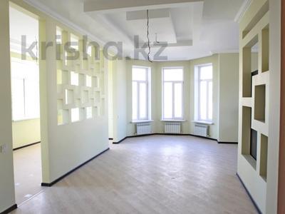 7-комнатный дом, 260 м², 10 сот., Жас Канат за 69 млн 〒 в Алматы, Турксибский р-н