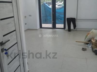 Помещение площадью 80 м², Сатпаева — Манаса за 450 000 〒 в Алматы, Бостандыкский р-н — фото 2