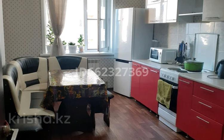 2-комнатная квартира, 61 м², 3/18 этаж, Кубрина 223/1 за 22.5 млн 〒 в Нур-Султане (Астана), Сарыарка р-н