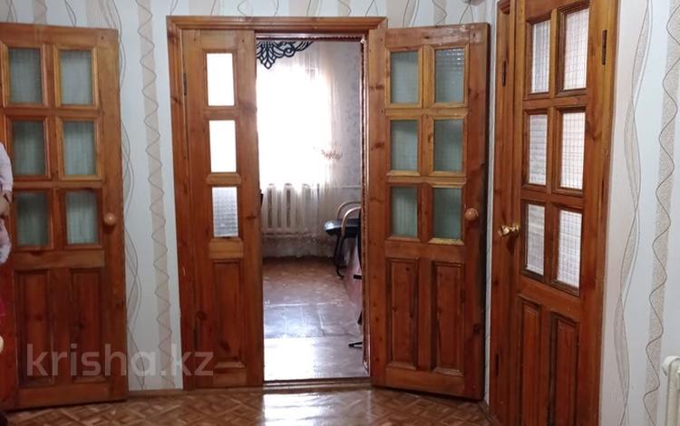 4-комнатный дом, 182 м², 9 сот., улица Сенкибая 120 за 16 млн 〒 в Таразе