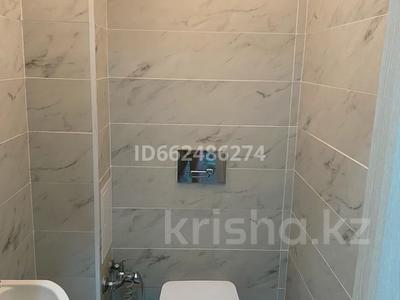 3-комнатная квартира, 92 м², 2/10 этаж, Есет-батыра 106а за 19.5 млн 〒 в Актобе — фото 10