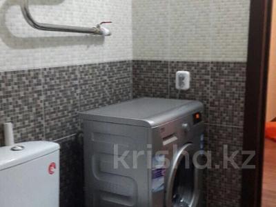1-комнатная квартира, 42 м², 3/14 этаж помесячно, Кабанбай батыра 48 за 110 000 〒 в Нур-Султане (Астана), Есиль р-н