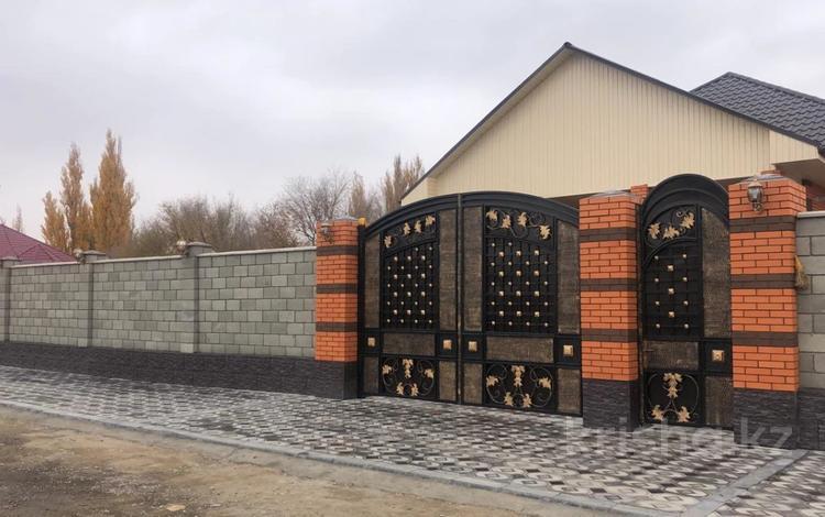 5-комнатный дом, 230 м², 10 сот., Данабулак 14 за 70 млн 〒 в Талдыкоргане