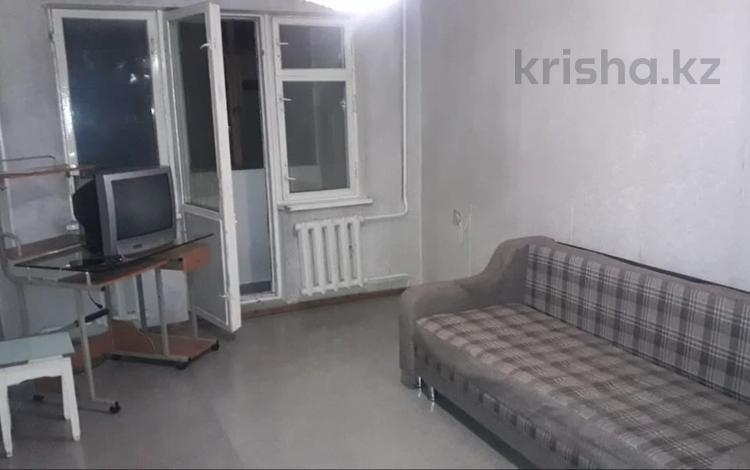 2-комнатная квартира, 45 м², 3/5 этаж помесячно, мкр №8, Шаляпина — Правда за 85 000 〒 в Алматы, Ауэзовский р-н