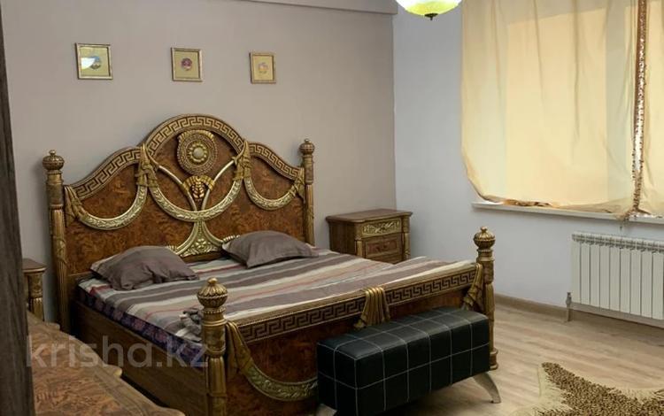 2-комнатная квартира, 83 м², 4/20 этаж, Аль-Фараби 21 за ~ 56 млн 〒 в Алматы, Бостандыкский р-н
