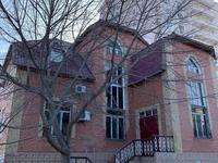 10-комнатный дом, 450 м², 9 сот., Крупская 444 за 90 млн 〒 в Атырауской обл.