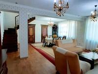 7-комнатный дом, 450 м², 6 сот.