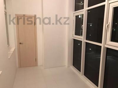 2-комнатная квартира, 65 м², 5/9 этаж помесячно, Умай Ана 14/1 за 170 000 〒 в Нур-Султане (Астана), Есиль р-н — фото 7