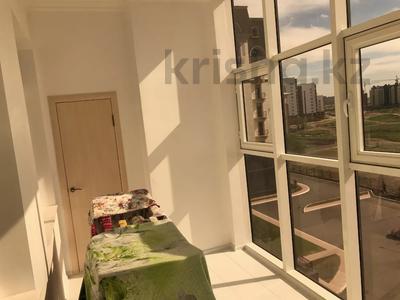 2-комнатная квартира, 65 м², 5/9 этаж помесячно, Умай Ана 14/1 за 170 000 〒 в Нур-Султане (Астана), Есиль р-н — фото 17