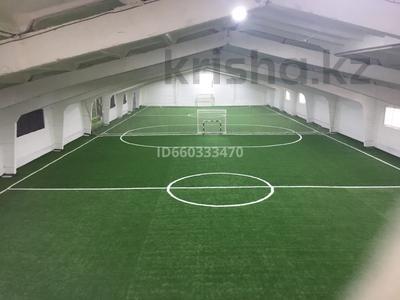 Здание, площадью 1366 м², Гагарина 73/1 — Кутузова Гагарина за 90 млн 〒 в Павлодаре — фото 13