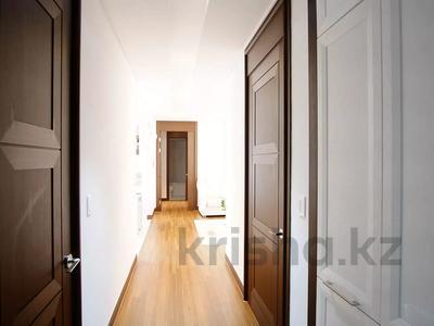 4-комнатная квартира, 110 м², 16/22 этаж, проспект Кабанбай Батыра за 53 млн 〒 в Нур-Султане (Астана), Есиль р-н — фото 11