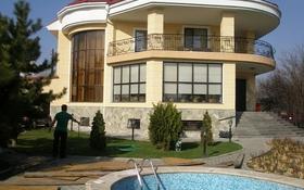 8-комнатный дом помесячно, 500 м², 18 сот., мкр Коктобе — Чикбулакская за 2 млн 〒 в Алматы, Медеуский р-н