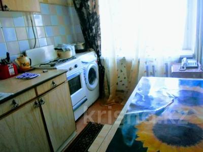 1-комнатная квартира, 40 м² посуточно, проспект Достык-Дружба 209 — проспект Евразия за 5 000 〒 в Уральске — фото 3