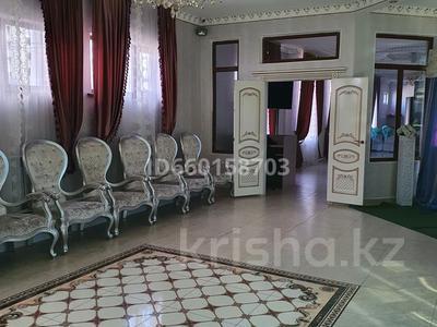 Здание, площадью 1800 м², Молодёжный за ~ 400 млн 〒 в Талдыкоргане — фото 6