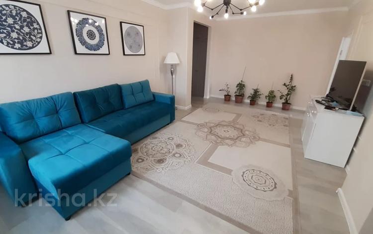 3-комнатная квартира, 70 м², 8/10 этаж, Е-755 за 31.3 млн 〒 в Нур-Султане (Астана)