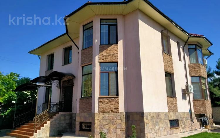 6-комнатный дом посуточно, 350 м², 8 сот., Дрозда — Жандосова за 120 000 〒 в Алматы, Наурызбайский р-н