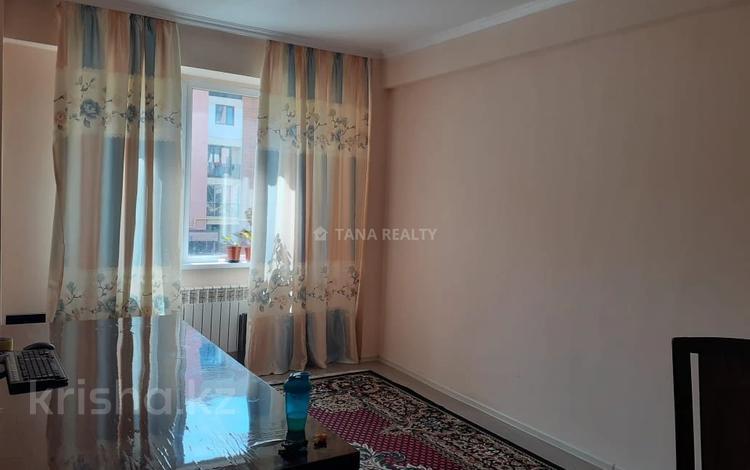 3-комнатная квартира, 80 м², 2/6 этаж, Жунисова за ~ 26 млн 〒 в Алматы, Наурызбайский р-н