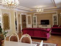4-комнатная квартира, 245 м², 3/8 этаж помесячно