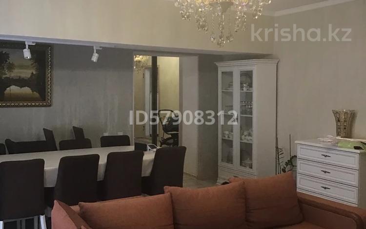 3-комнатная квартира, 100 м², 3/4 этаж, Мангельдина 39 за 35 млн 〒 в Шымкенте, Абайский р-н