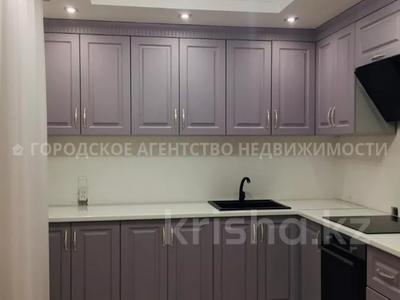 3-комнатная квартира, 93 м², Кузембаева 82/2 за 17.3 млн 〒 в Караганде, Октябрьский р-н
