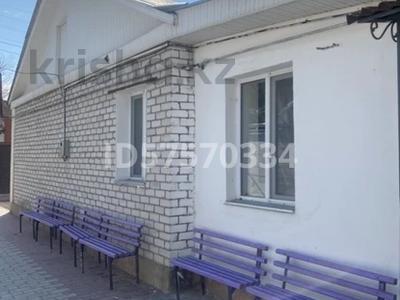 4-комнатный дом помесячно, 120 м², Кайназарова 18 — Айтиева за 180 000 〒 в Таразе