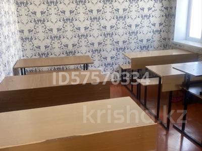 4-комнатный дом помесячно, 120 м², Кайназарова 18 — Айтиева за 180 000 〒 в Таразе — фото 2