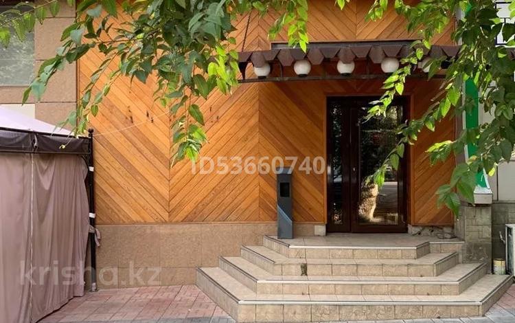 Помещение площадью 373.5 м², Казыбек би 144в — Колбасши Койгельды за 120 млн 〒 в Таразе