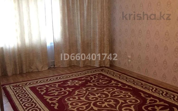 1-комнатная квартира, 54 м², 2/9 этаж, мкр. Алмагуль, Алмагуль 2 за 10 млн 〒 в Атырау, мкр. Алмагуль