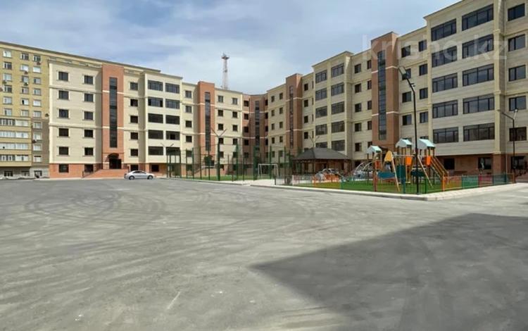 4-комнатная квартира, 117.5 м², 2/5 этаж, 16-й мкр 79 за ~ 27 млн 〒 в Актау, 16-й мкр
