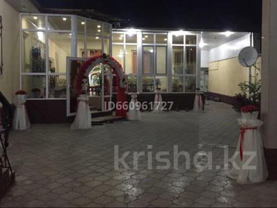 8-комнатный дом, 300 м², 7.5 сот., Кулжабаева — Толе би за 48 млн 〒 в Таразе — фото 9