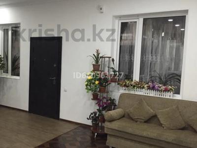 8-комнатный дом, 300 м², 7.5 сот., Кулжабаева — Толе би за 48 млн 〒 в Таразе — фото 15